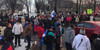 Un parti politique lié à des groupes haineux mène le mouvement anti-masque au Québec