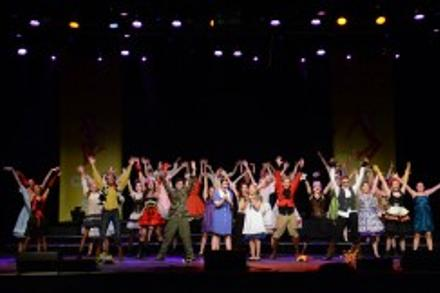 CONCERT REPORT | Show choirs in competition are anything but ordinary