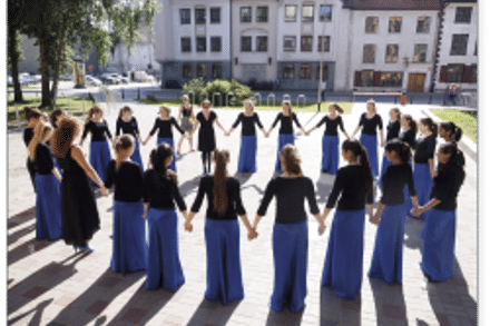 CHORAL SCENE | Starting Young