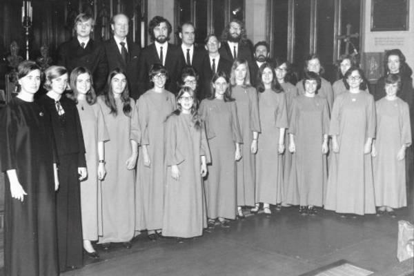 CHORAL SCENE   First Step? Start a Choir. That's What Annegret Did.