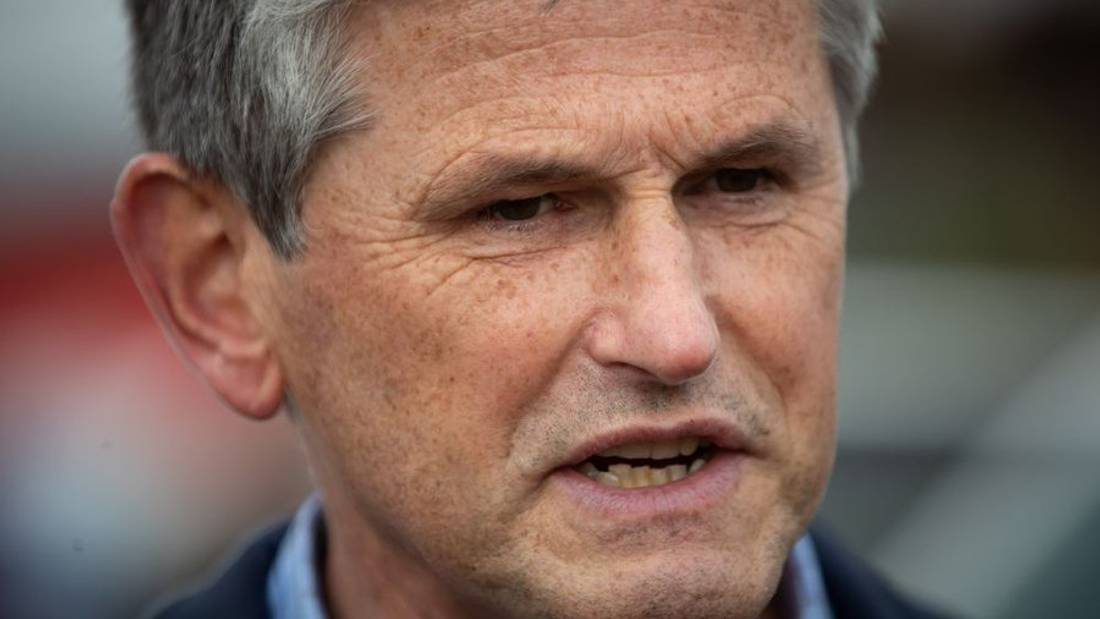 Liberal Leader Wilkinson touts medical background