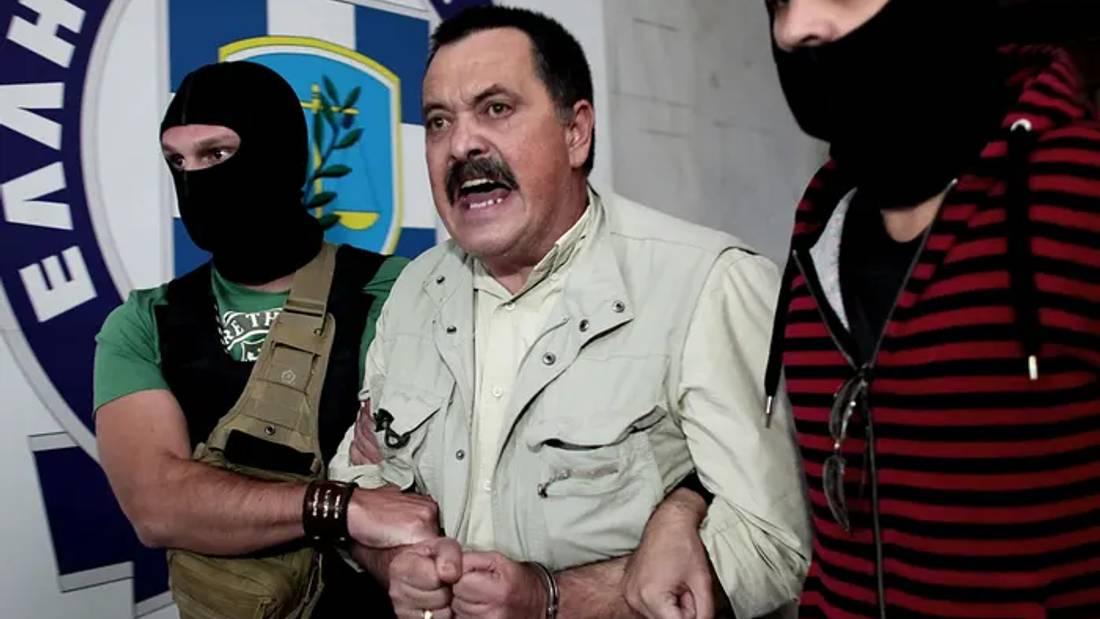 Golden Dawn deputy leader evades arrest after jail sentence