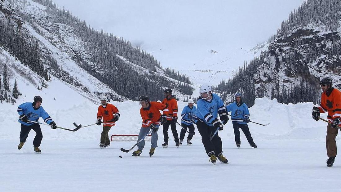 NHL floats opening next season outdoors at Lake Louise