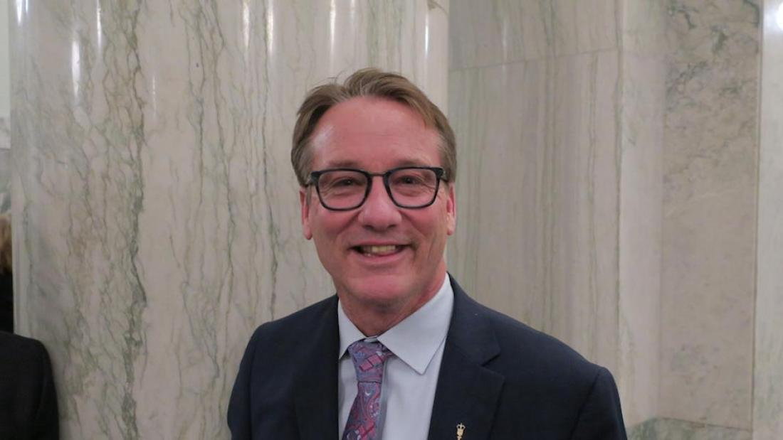 Defying Premier Kenney, two UCP MLAs join caucus opposing COVID restrictions
