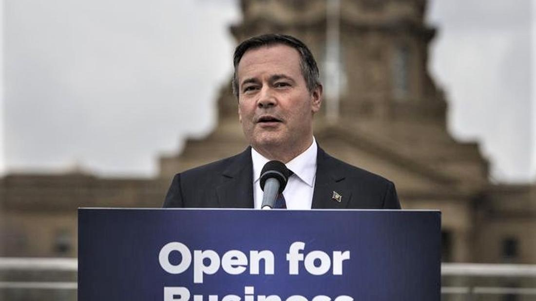 Environmental group to ask court to shut down Kenney's Anti-Alberta Commission