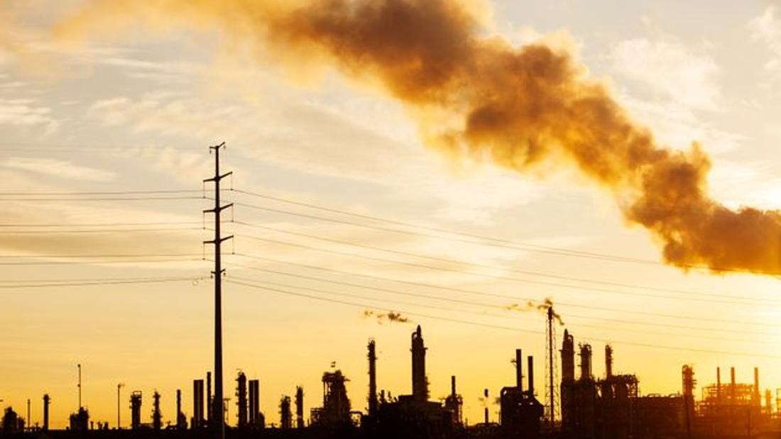 Canada Increasing Fossil Fuel Subsidies As U.S. Moves To End Them, Study Finds