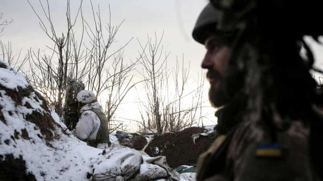 EU pledges backing to Ukraine after Russian military buildup