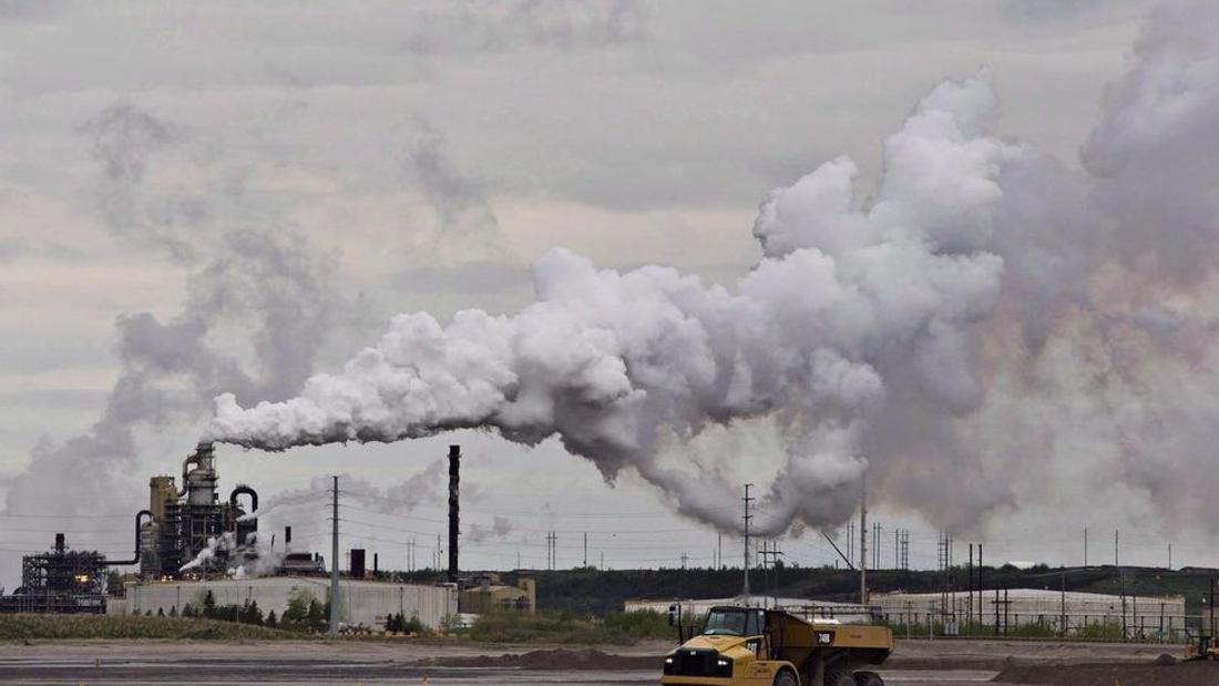 Ottawa accepts Premier Doug Ford's made-in-Ontario carbon price for heavy industry, even though it says it's too weak