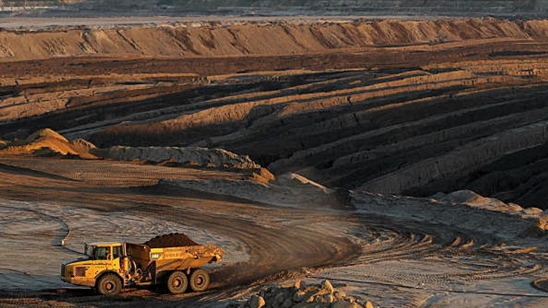 Auditor scolds Alberta over mine cleanup fund, how province handles polluted sites