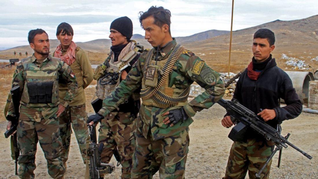 Afghanistan: 34 people killed in two suicide bombings
