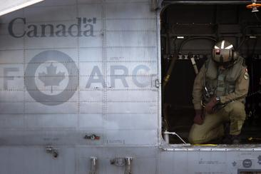 RCAF turns to foreign pilots to help with shortage as commercial aviators stay away
