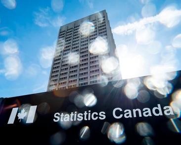 Statistics Canada reminds people to fill out 2021 census, may follow up in person