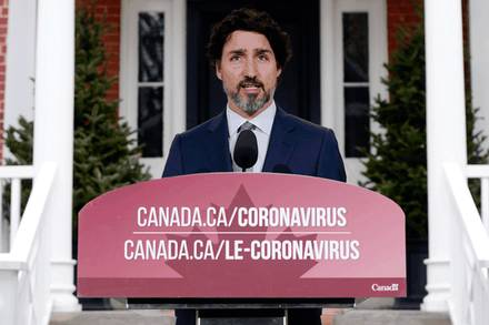 David Staples: Trudeau needs to deliver on his promise for Canadians to be 'first in line' for vaccines