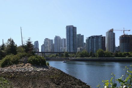 Call for clean swimming water in Vancouver's False Creek falls flat