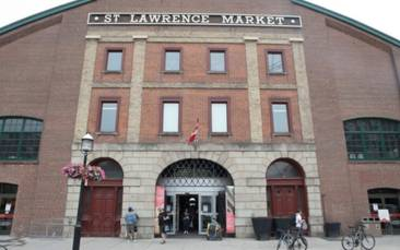 St. Lawrence Market Saturday farmers market to reopen